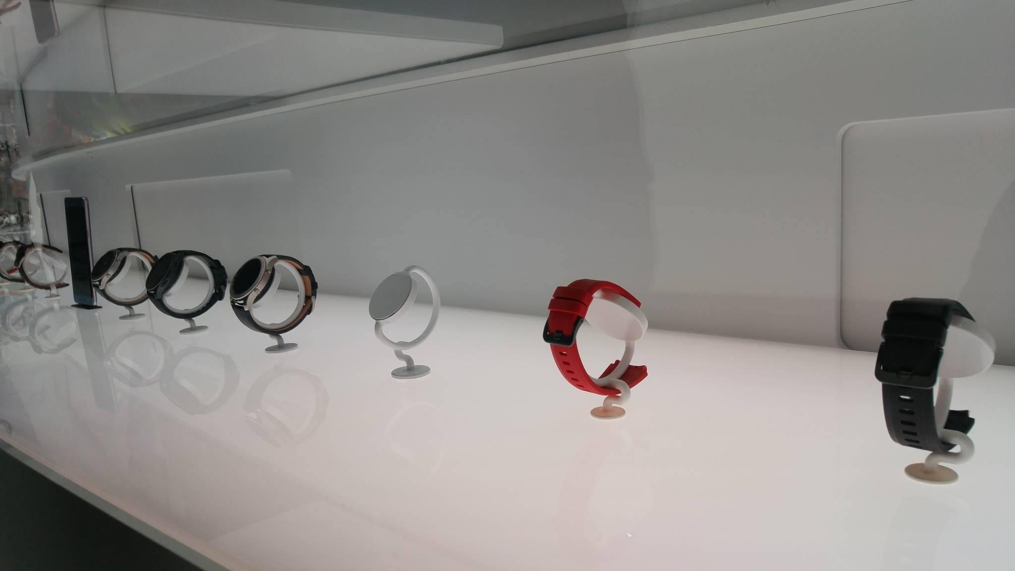Samsung Gear S3 Frontier (1)