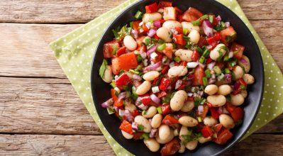 Καλοκαιρινές σαλάτες με όσπρια
