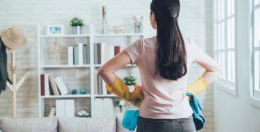 Καθαριότητα και οργάνωση σπιτιού μετά τις διακοπές