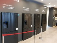 IFA 2019: Ψυγείο ντουλάπα Hisense με αυτόματο άνοιγμα πορτών και συνδεσιμότητα