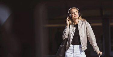 Απογείωσε τις multimedia εμπειρίες σου με τα κατάλληλα ακουστικά