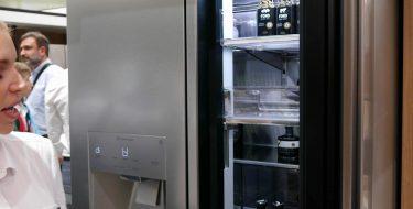 IFA 2016: Στο νέο smart ψυγείο Signature της LG μπορείς να δεις τι έχει μέσα χωρίς να ανοίξεις την πόρτα!