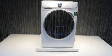IFA 2017: Το QuickDrive W8800M πλυντήριο της Samsung μειώνει το χρόνο πλύσης στο μισό