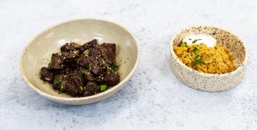 Κυπριακά Αφέλια με Πουργούρι – Κουζίνα: Μαζί με τον Ανδρέα και την Ελένη