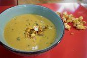 Κολοκυθόσουπα βελουτέ με καραμελωμένα popcorn – Γιώργος Τσούλης – Chef στην Πρίζα