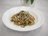 Λιγκουίνι με λαχανικά και πάστα μαύρου σκόρδου – Κουζίνα: Ιστορίες με τον Ανδρέα Λαγό