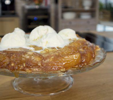 Ανάποδη τάρτα με μήλα & crumble αμυγδάλου – Γιώργος Τσούλης – Chef στην Πρίζα