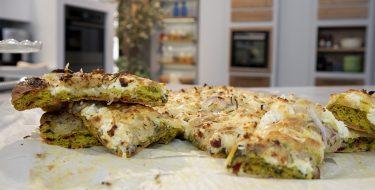 Πίτσα πατάτας με σπανάκι & παντζάρι και Σοκολατένιο Κέικ με γιαούρτι- Κουζίνα: Ιστορίες με τον Ανδρέα Λαγό