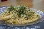 Rice Noodles καρμπονάρα με γαρίδες – Γιώργος Τσούλης – Chef στην Πρίζα