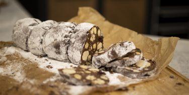 Νηστίσιμο «σαλάμι» σοκολάτας