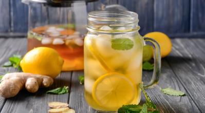 Κρύο τσάι, δροσερό κι ωφέλιμο καλοκαιρινό ρόφημα