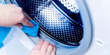 Πώς να καθαρίζεις το πλυντήριο ρούχων για να εξασφαλίσεις τη μακροζωία του!