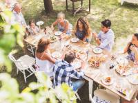 Όσα πρέπει να προσέχεις με το φαγητό στις καλοκαιρινές διακοπές