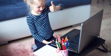 Δημιουργική απασχόληση για χαρούμενα παιδιά με τη βοήθεια της τεχνολογίας