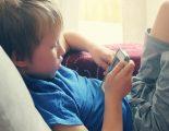 Παιδί και κινητό: Πώς και πότε να το εισάγεις στη ζωή του παιδιού σου