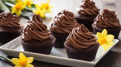Κεκάκια σοκολάτας για τη γιορτή της μητέρας