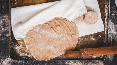 Σπιτικές δημιουργίες ζύμης από τα χεράκια σου με τη βοήθεια των κουζινομηχανών Moulinex