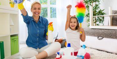 Πώς να καθαρίσεις κάποια από τα πλέον δύσκολα σημεία στο σπίτι