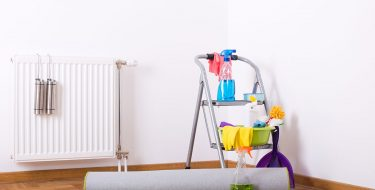 Καθαρισμός και συντήρηση θερμαντικών σωμάτων μετά τον χειμώνα