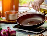 Aντικολλητικό τηγάνι και γουόκ: Πλεονεκτήματα και μειονεκτήματα