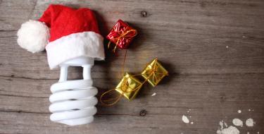 Εύκολοι τρόποι για να εξοικονομήσεις ενέργεια τα Χριστούγεννα