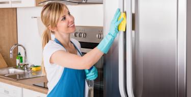 Ψυγείο: Τα καλύτερα tips για σωστό καθάρισμα κι αποθήκευση των τροφίμων!