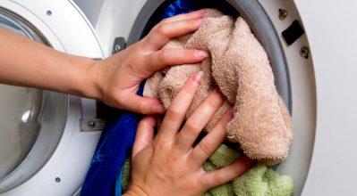 Φοιτητικό σπίτι: Tips για τέλεια φροντίδα των ρούχων σου στο πλυντήριο ρούχων