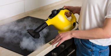 Μένουμε σπίτι με χρήσιμες συμβουλές για σωστό καθάρισμα