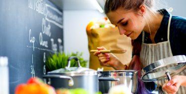 Διάλεξε τα κατάλληλα σκεύη για να εξοικονομείς ενέργεια στο μαγείρεμα!