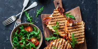 Ψηστιέρα – Τοστιέρα, πολύτιμος βοηθός στη φοιτητική κουζίνα
