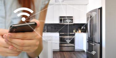 """Απλά βήματα για να κάνεις την κουζίνα σου """"smart"""""""