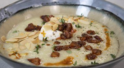 Σούπα σελινόριζας με μήλο, απάκι και αμύγδαλο – Κουζίνα: Ιστορίες με τον Ανδρέα Λαγό